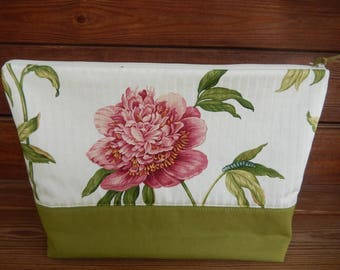 Womens Clutch Wrislet Fabric Clutch Purse Summer Fashion Accessories Women Wallet in Green and Off white with Pink Peony