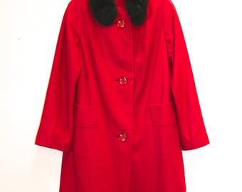 "Cherry Lane 1960s Swing Coat, Wool Swing Coat, Faux Fur Collar, Winter Coat, 40"" Bust, Women's Vintage, Vintage Coat, Vintage Jacket, Red"
