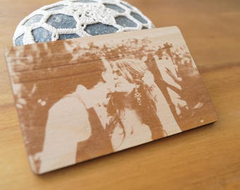 Wooden wallet insert card with real picture engraving, personalized 5th anniversary gift, custom wallet insert, double side engraving