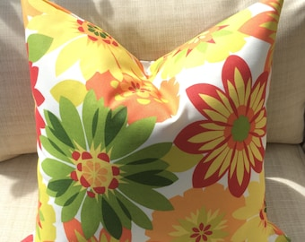 Citrus flowers outdoor cushion cover
