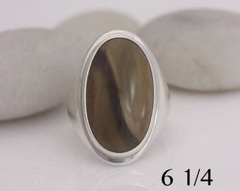 Imperial jasper and sterling silver ring, size 6 1/4, #627.
