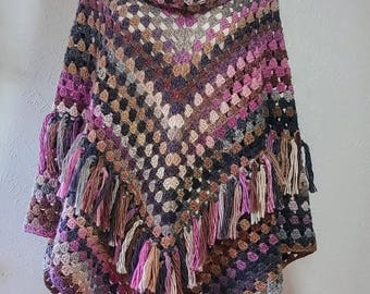 ReadyToShip! Gaucho Poncho with Removable Collar and Fringes, wool poncho, crochet poncho, knit poncho, crochet cape, Winter Poncho