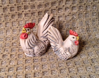 Set of 2 Miniature Ceramic Chicken, Hen & Rooster Figurine, Knick Knack - Rustic Country Farm Animal - Doll House Decor Miniature