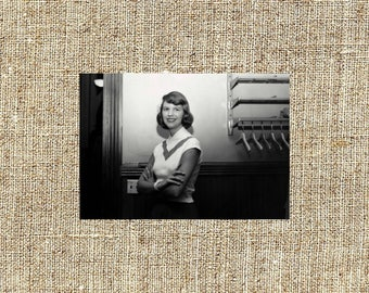 Sylvia Plath photograph, Sylvia Plath black and white photo print, Sylvia Plath vintage photograph, legendary poets, iconic artists
