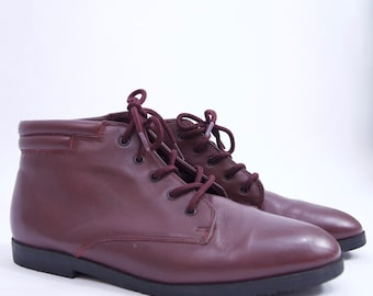 cutest vintage burgundy minimalist genuine leather lace up boot vintage shoe Women's SZ 6.5 90s shoes granny boot