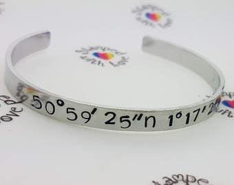 Bracelet coordonnées Co, spécial Place, cadeau pour meilleur pote, meilleur ami, bracelet mince, manchette, bracelet empileur, voyage cadeau, année sabbatique, uni