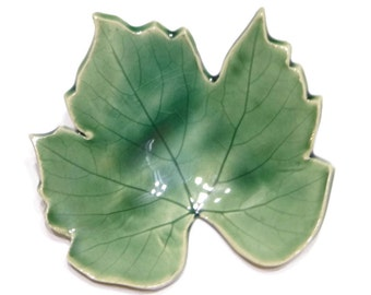 Green Grape Leaf - pottery - forest green - ring dish - spoon rest