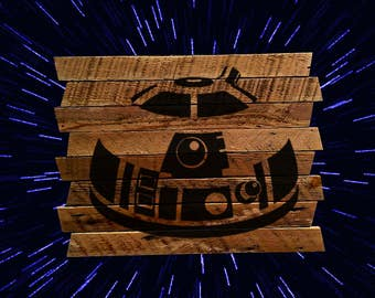 R2D2 painting on reclaimed wood - jedi - Star Wars - unique star wars gift - unique r2d2 gift man cave