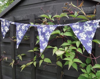 """Blue Floral Bunting, Handmade, Unused, 11 Bunting Flags, Blue Floral Cotton Material, 104"""" (264cm) End to End"""