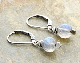 Lightweight Gemstone Earrings - Gray  Dangle Earrings - Sterling Silver - Labradorite Earrings - Blue Flash Earrings - Lever Back #4896