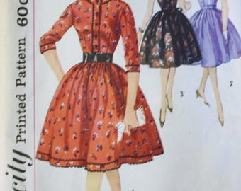 1960s One Piece Dress, Sewing Pattern, Simplicity 4024,  Full Skirt, Bust 34