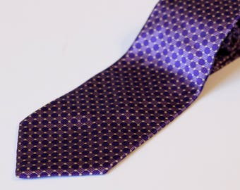 1990's Purple Necktie. Geoffrey Beene.