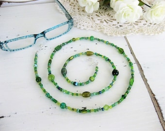 Green Eyeglass Chain, Glasses Chain, Eyeglass Chains, Eyeglass Holder, Beaded Eyeglass Chain, Beaded Necklace, Eyeglasses Chain, EH004