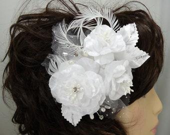 Bridal Fascinator, Three Rose Hair Clip, White Headpiece, Bridal Accessory, REX16-330