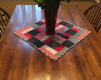 SALE...Bold Black & Red Table Topper