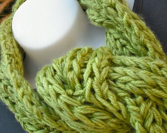 Cotton and Bamboo Cable Knit X-Long Scarf in Bright Green