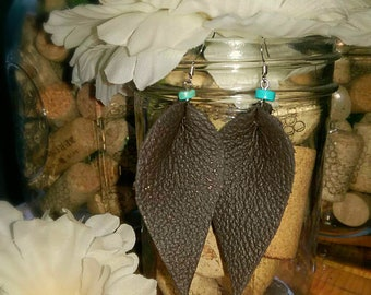 Dark brown leather leaf earring with turquoise color bead on top