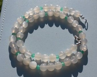 Rainbow Moonstone and natural Emerald choker necklace in 925 silver