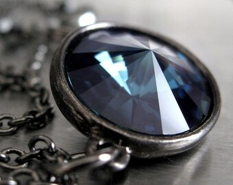 Midnight Blue Crystal Necklace, Dark Navy Blue Rivoli Crystal Pendant Necklace, Black Gunmetal Chain, Blue Sapphire September Gift 1122