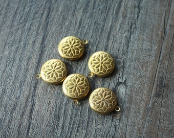 Vintage Filigree Flower Pendants // Round Brass Pendants with Floral Motif // New Old Stock Jewelry Supply