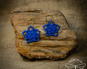 Stacked Flower Tatted Lace Earrings
