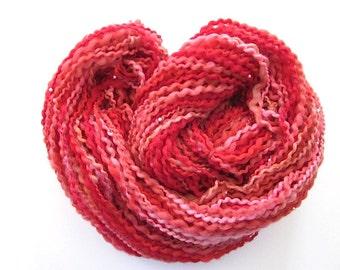 Filée main unique perles de fil de laine rouge de Bouclé