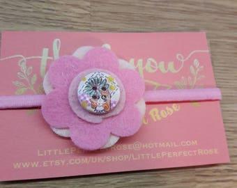 Pink felt flower hairtie. Perfect for Playdate, parties, birthdays, girls stocking filler, girls christmas gift