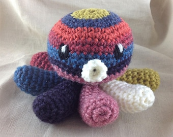 Striped crochet Octopus