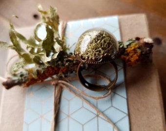 Pale Moss Terrarium Ring