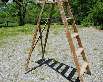 Step Ladder, Vintage Wood Antique Rustic 5-Step Ladder for Country Home Decor