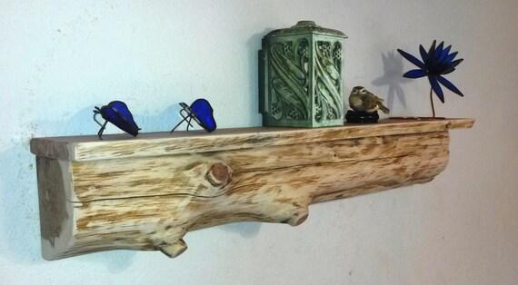 Repisa de troncos de cedro / estante / /Wood/ rústica cabaña /