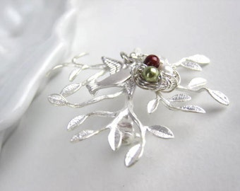 Personalized Brooch, Silver or Gold tree, Family tree, Silver or Gold Brooch, nature, Mom, Grandma, nest, bird