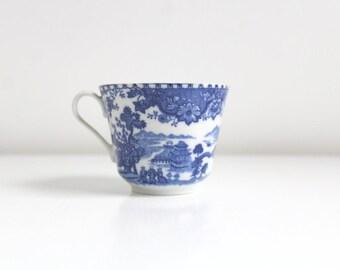 Vintage Teacup, Delft Teacup, Blue & White Teacup, Bavaria Teacup, Single Teacup, Cobalt Teacup, Bayvisch Teacup, Patterned Teacup, Orphan