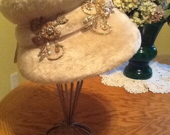 Ladies Vintage Faux Fur Hat