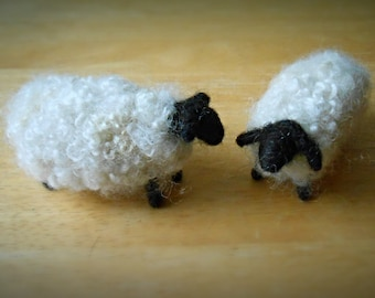 Pair of Sheep, Needle Felted Wool, Easter Decoration, Country Decor, Spring Centerpiece, Nativity Animals
