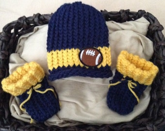 Michigan Football baby knit hat,Baby boy Football hat and booties,Newborn baby boy hat,blue baby booties,football baby hat,newborn hat