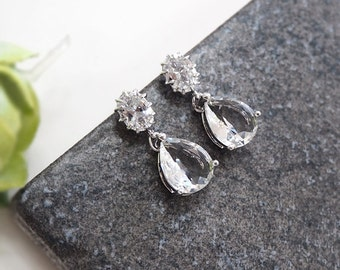 clear crystal earrings,cubic zirconia earring, glass stone, Bridesmaid gift, Champagne earring, mint earring, Bridesmaid earring