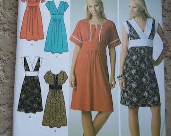 Tunic dress/ tie back/ short sleeve/ V-Neck / summer dress/ 2007 sewing pattern, Size 12 14 16 18 20, Bust 34 36 38 40 42, Simplicity 3875