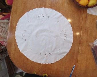 Free Shipping in USA Round White Cotton Table Topper, Scalloped edge, Machine Embroidery, Cut out work, White on White  3052