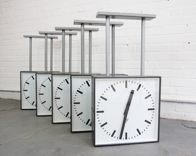 Double Sided Modernist Platform Clocks By Pragotron Circa 1950s