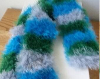 Women's fuzzy scarf
