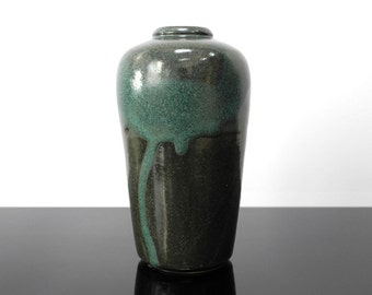 Ceramic Vase / Dark Green with turquoise / 60s / Vintage