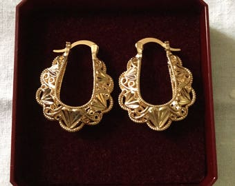 Vintage Splendid GOLD PLATED Earrings - Beautiful Filigree - Nice effect-from France