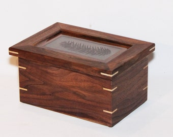 Stunning Walnut Box with Pine Cone Inlay