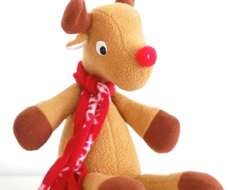 Reindeer sewing pattern. Christmas plushie. Holiday softie. Rudolph the Red Nosed Reindeer sewing pattern. DIY gift for kids. North pole.