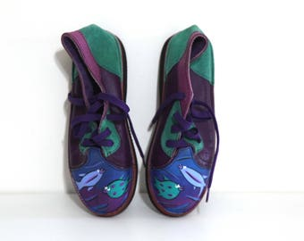 Vintage 90s shoes leather purple blue green boots painted fish