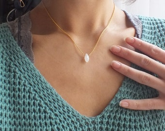 Necklace sedan - white [silver plated]