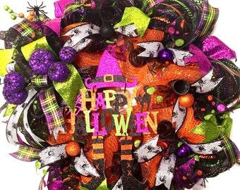 Halloween Deco Mesh Wreath, Halloween Wreath, Halloween Mesh wreath, front door wreath, wreaths for the front door, deco mesh wreaths