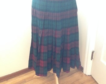 Vintage 1950s Red and Green Wool Plaid Pleated Skirt Reversible / Size Small - Medium