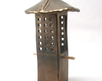 Mangeoire avec perchoir écran-céramique mangeoire à oiseaux-Metallic Bronze vernis naturel brindille